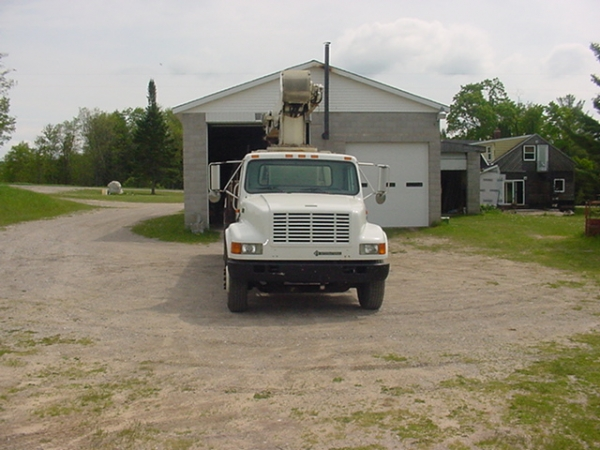 1998  National 500C Boom Trucks