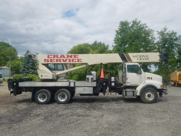 2004   National  1400A  Boom Trucks