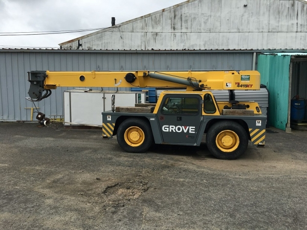 2002  Grove YB4415XT Carry Deck (Industrial) Cranes