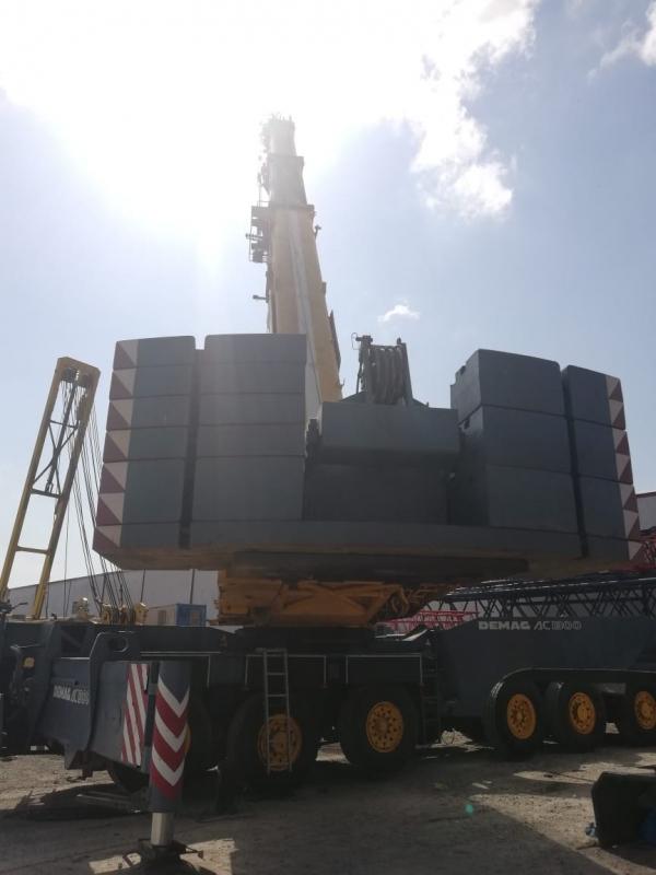Demag AC1300 Crane image 4